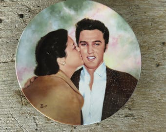"""Vintage Elvis Plate """"Elvis & Gladys"""" Delphi Plate 1990 Limited Edition Plate No 8537A in original box and certificate of authenticity"""