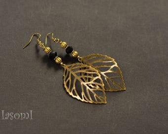 "Vintage 1 ""leaf"" earrings"