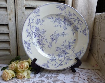 Antique french lavender transferware large round platter. Lilac transferware platter. Purple transferware. Jeanne d'Arc living French Nordic