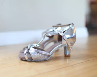 vintage silver leather dance shoes heel  womens 5 1/2