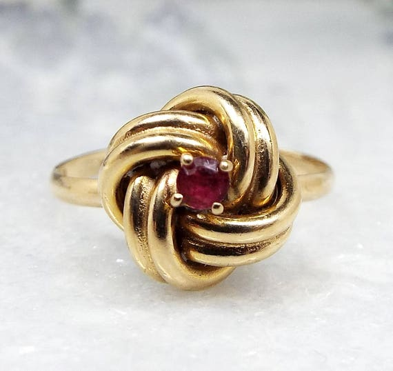 Vintage / 1980 9ct Yellow Gold Lover's Knot Ring with Genuine Ruby / Size N 1/2