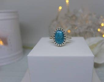 Sterling silver gallery wire ring with turquoise cabochon