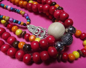 Necklace 4 rows wood beads and multicolored long metal lobster clasp