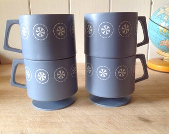 1980s Vintage Stacking Picnic Cups - Perfect for Camping - Festivals - Four Mugs