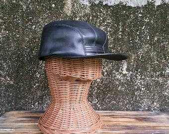 WILL SHIP AUG 23 Vintage Black Faux Leather Newsboy Cap
