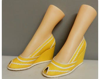 Vintage 40s style pin up yellow peeptoe platform shoes 36,5