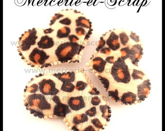 LOT 2 hearts embellishment leopard faux fur 32 * 45mm