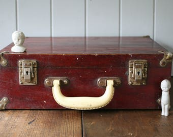 Cherry Red Wooden Suitcase Carry Case Timber Port Storage Case