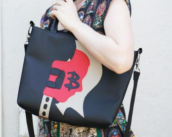 Buffy in the Scythe Bag Purse (Buffy the vampire slayer)