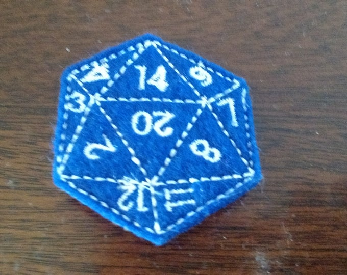 Felt Embroidered Pin - Gamer - Blue d20