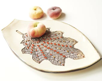 Leaf Plate, Ceramic Plate, Appetizer Plate, Ceramic Tray, Handmade Ceramics and Pottery, Serving Plate, Housewares, Serving Snacks Tray