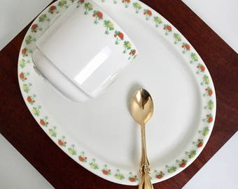 """Vintage Arabia Finland ceramic breakfast set named """"Flora"""", designed by Jussi Ahola, 1980s, Made in Finland"""