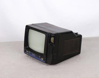 Mini Tv, Roadstar 400N, Old Television, Old TV, Tv Decor, Old Monitor, Camping Tv, Roadstar Tv, Portable Tv, Car Tv,