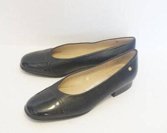 Vintage 90's Etienne Aigner Black Leather Patent Leather Tip Flats- Womens Size 5.5 M