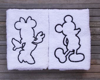 Embroidered Mickey and Minnie bath towel, Disney Towels, Mickey and Minnie Silhouette, Disney Decor