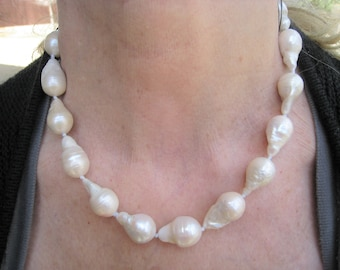 Natural South Seas Creamy-White/Champagne Baroque Pearl Necklace  - 14k Yellow Gold Clasp
