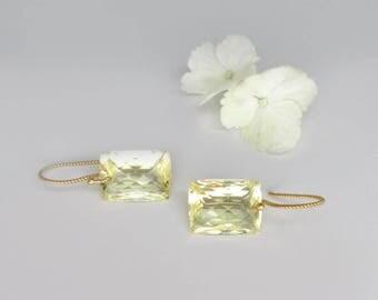 canary yellow earrings, gold quartz earrings, minimalist earrings, twisted gold earrings, cushion cut earrings,golden earrings, lemon quartz