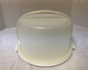 Vintage Tupperware 10 Inch Cake Taker Tray, Seal and Handle