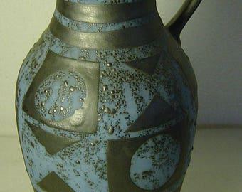 vintage 60s/70s Carstens handled pottery vase with luster glaze pattern