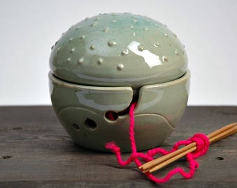 Ceramic Knitting Bowl ,ceramic Yarn Bowl, Yarn bowl with lid