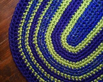 """Blue/Green Crochet Oval """"Shoe"""" Rug - 40"""""""