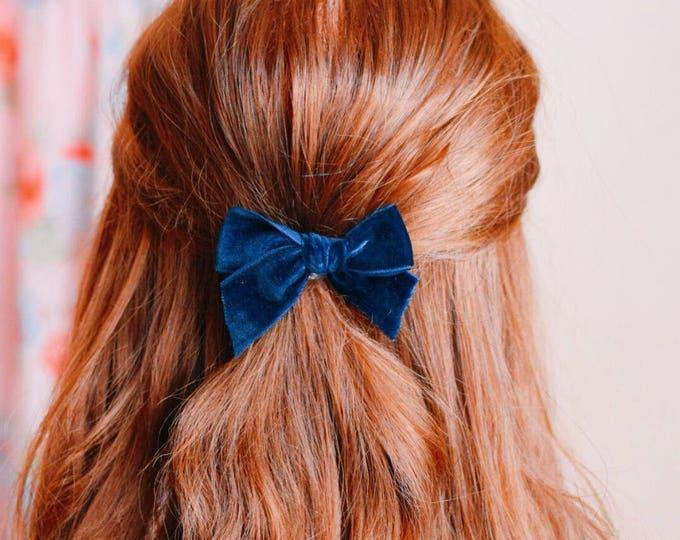 Featured listing image: Navy blue velvet bow hair clip
