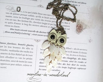 OWL white and gold OWL necklace