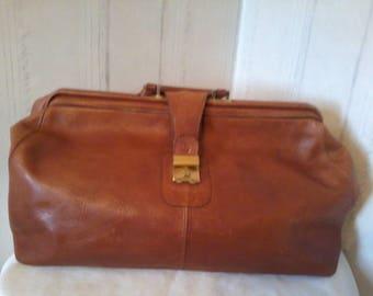 beautiful leather travel bag