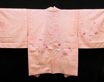 Japanese Kimono Jacket / Vintage Silk Kimono Haori / Embroidery / 021601