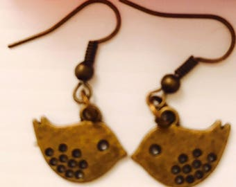 Kissing Birdie Earrings in Vintage Bronze