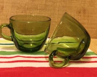2 Retro green coffee cups