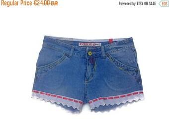 SALE Vintage shorts Womens DENIM HOT Pants  ladies Boho shorts 90's Club Shorts Hot Pants Blue denim white lace shorts  Womens fashion