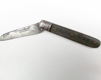 """Antique French """"Dumas""""   Pocket Knife  . Horn Handle Pocket Knife.   Vintage Knife."""