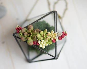 Succulent and Сranberry necklace. Woodland Necklace.  Flower necklace.  Succulent jewelry. Necklace with succulent. Terrarium necklace.
