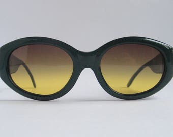 Les Copains vintage oversized sunglasses made in the 90's.