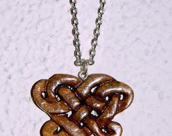 Walnut heart intertwining necklace