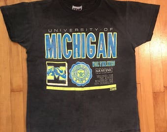 Vintage University of Michigan Wolverines T-Shirt - Size Large
