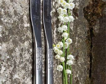 retro knife old tableware metal  stainless steel cutlery dinner knife set floral design flatware VINERS of Sheffield made in England