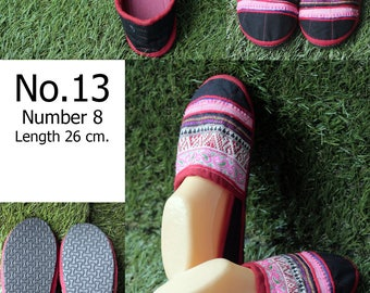 Shoes Slippers Traditional Hill tribe Fabric/ size 8/ Length 26 cm.( Please select the number No.013/No.14/No.15/No.16/No.17