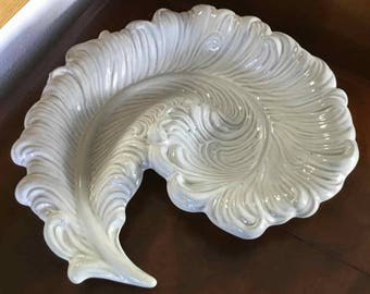 Vintage Royal Haeger Stylized Spiral Plume Feather Dish - Made in USA - 1965 to 1975