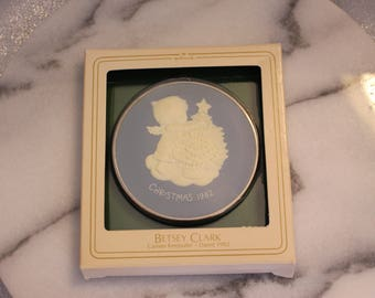 Vintage Hallmark Betsey Clark 1982 Cameo Keepsake in Box Ornament, Christmas Ornament Original Package