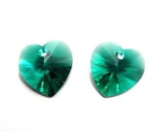2 pc Swarovski Heart Pendant 14x14 mm (6228/6202) - Emerald