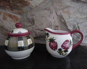 Oneida Strawberry and Plaid Creamer and Sugar Bowl with Lid