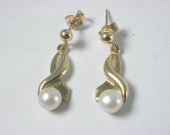 Pearl 9ct Yellow Gold Cultured Pearl Drop Earrings Butterfly Backs