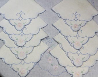 Cut Work Tablecloth & Napkins, Embroidered Tablecloth, Blue and Pink Daffodils, Shabby Chic Decor, Weddings, 1950s, Vintage Linens