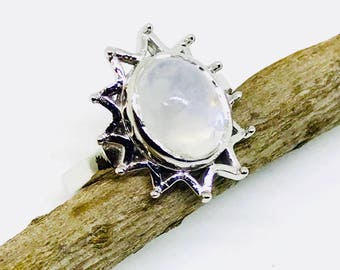 Rainbow moonstone ring set in Sterling silver(92.5). Size -6. Natural authentic rainbow moonstone .
