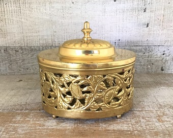 Brass Box Large Brass Container Vintage Brass Trinket Box Ornate Brass Box Brass Vessel Brass Lidded Bowl Brass Wedding Decor Brass Basket