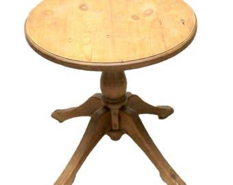 Small Round Country Style Pine Kitchen Dining Table