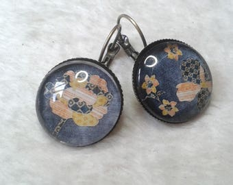 Earrings round flower woven yellow