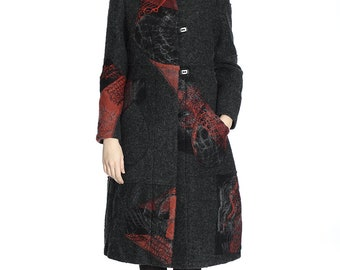 Winter sale. Artsy handmade wool coat, M size. Only one sample.
